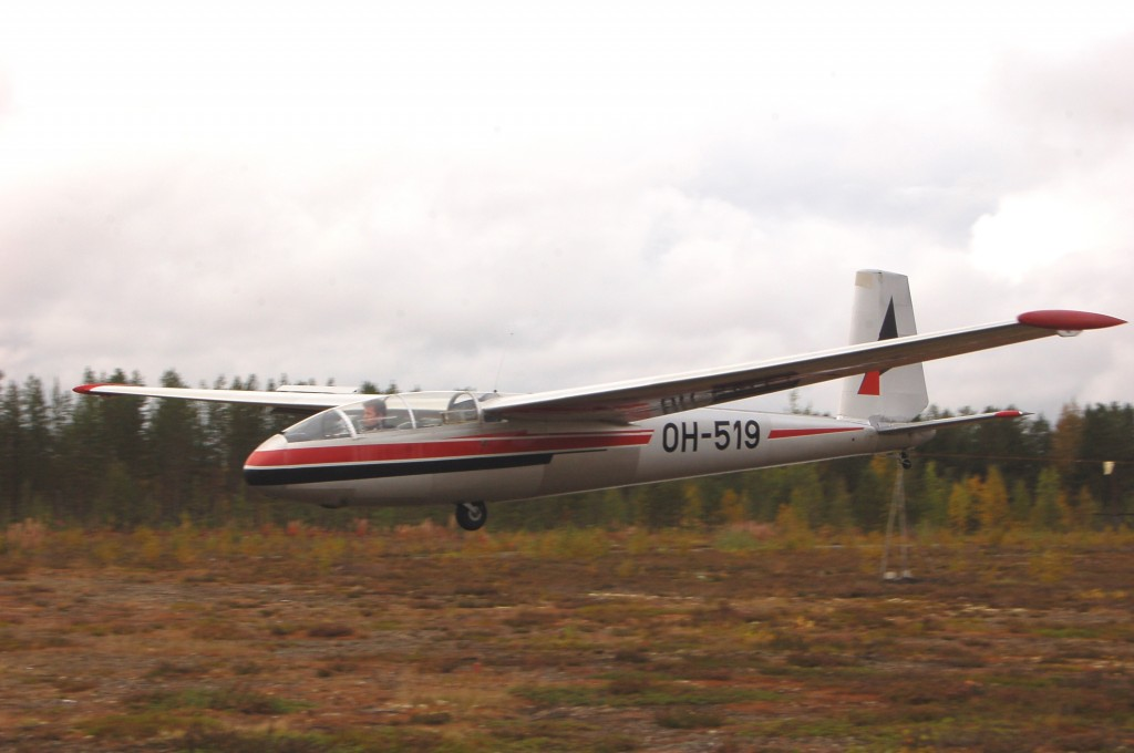 LET L-13 'Blanik' OH-519 for sale (05)